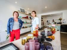 """Eerst een maand als pop-up geprobeerd, nu openen Astrid en Francine échte winkel in hartje Brugge: """"We zagen het potentieel"""""""