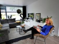 Sandra woont in een voormalige huisartsenpraktijk: 'Mensen bellen soms nog steeds aan'