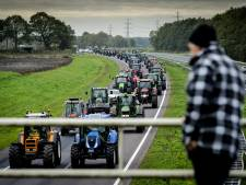 Boeren trekken in het hele land naar provinciehuizen, veel overlast op wegen