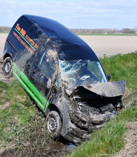 Automobilist gewond bij ongeluk op N307 bij Swifterbant