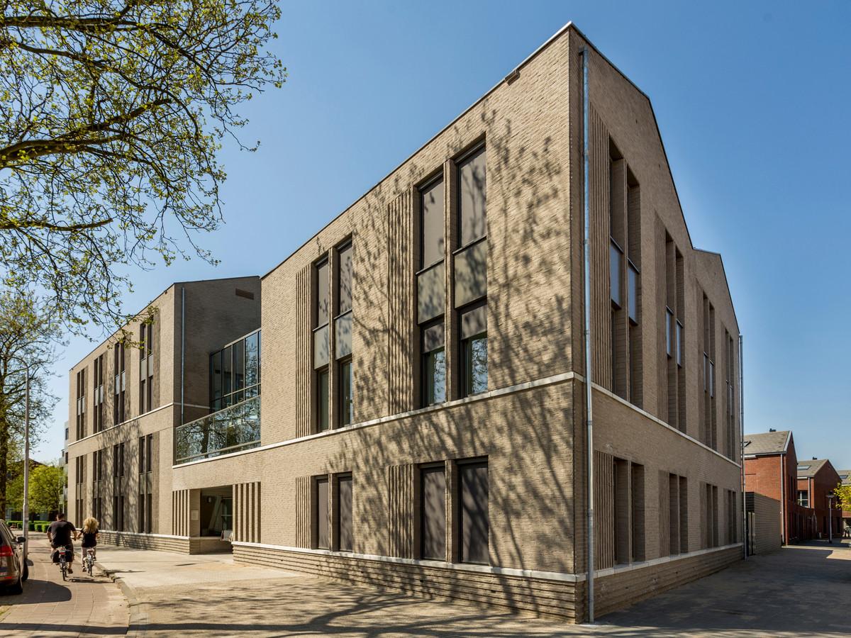 Een van de reeds opgeleverde projecten: de nieuwbouw voor Chapeau Woonkringen aan de Goirkestraat: 21 woningen voor mensen met psychische of psychosociale problematiek. Het ontwerp is van Walter van der Hamsvoord van DAT Architecten.