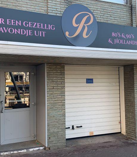 16 mannen aangehouden voor illegaal gokken in voormalige horecagelegenheid Eindhoven: 'Het is hier ook altijd wat'