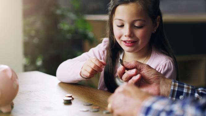 Zakgeld geven en klusjes laten doen: zo leer je je kinderen de waarde van geld kennen