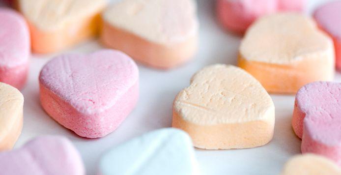 Snoep in de vorm van hartjes.