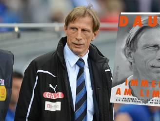 """Christoph Daum blikt in biografie terug op periode in Brugge: """"Club werkte als een toverdrank op mij, maar mijn relatie met Angelica stond op het spel"""""""