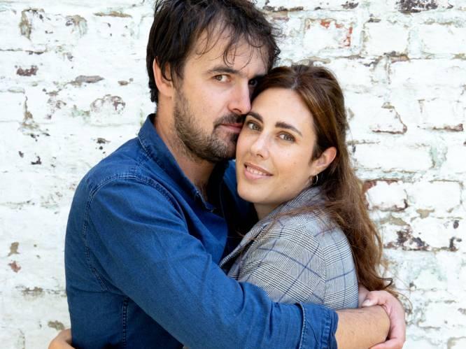 """Tv-maker Joris Hessels (41) en vriendin Evelien (36) zijn na 7 jaar samen nu het gelukkigst: """"Als je met Joris gaat eten, zal hij altijd betalen"""""""