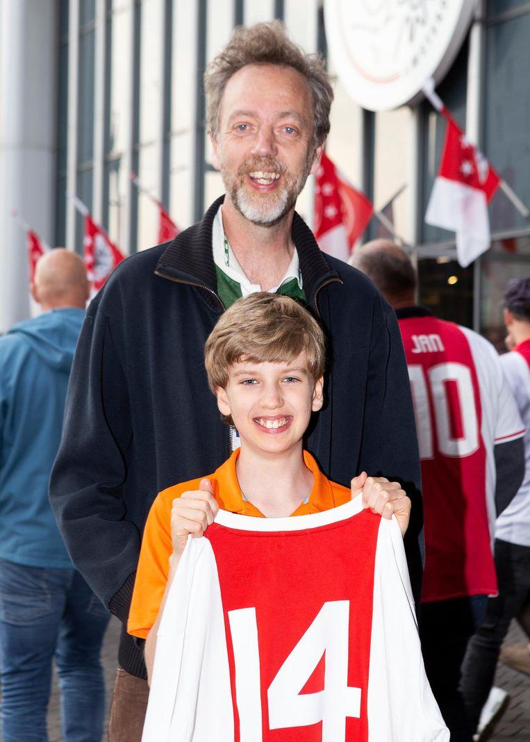 Martinus Johan Rasser met vader Leon Johan Rasser Beeld Sanne Zurne