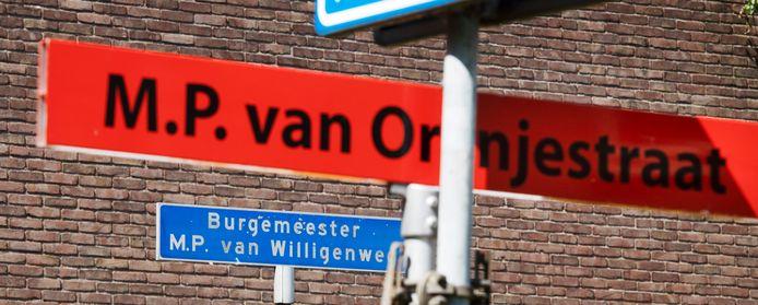 Burgemeester Van Willigenweg is omgetoverd tot M.P. van Oranjestraat.