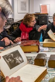 Bijbelse taxatiemiddag levert juweeltjes op in Drukkerijmuseum in Meppel