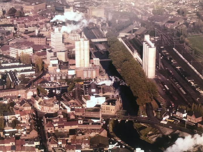 De eerste silo's in de jaren 70.