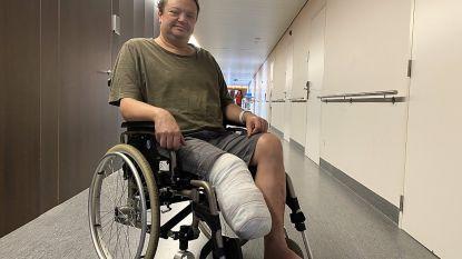 """Nic (45) verliest onderbeen na levensgevaarlijke infectie: """"Blij dat ik er nog ben"""""""