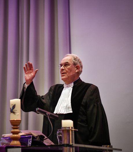 Dominee Barend Weegink uit Hengelo gepromoveerd: 'Nochtans mijn God: een boodschap voor deze tijd'