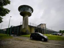 Un détenu s'est évadé de la prison de Lantin, des voitures incendiées
