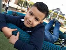 Mohamed (8) is snel gewend op zijn nieuwe school: 'Er zijn gelukkig veel kinderen die ik al ken'