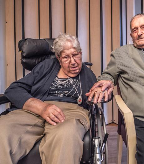 Riek Stougie (85) die gedwongen werd gescheiden van haar man, is weer terug in de Kreek