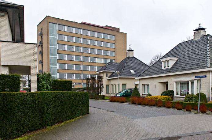 Een van de eerste grootschalige opvanglocaties voor arbeidsmigranten: de Zusterflat in Deurne (archieffoto).
