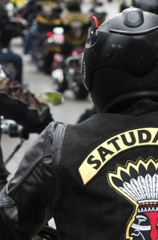 "Beginnende leden van Satudarah slaan eigen clubmakker halfdood ""als toelatingsproef om trapje hoger te klimmen binnen motorclub"""