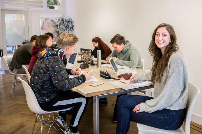 Armelle volgt een studiekeuzetraject om dit jaar te gebruiken voor een goede studiekeuze.