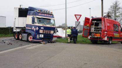 Man komt om bij frontale botsing met vrachtwagen in Herentals