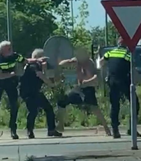 Drie agenten gewond bij langdurig gevecht met halfnaakte man op rotonde