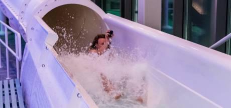 Glijbaan van Amerena na 457 dagen vertraging open: 'Het kan niet hard genoeg gaan!'