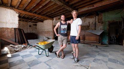 Broers openen 'Bar Bruur'