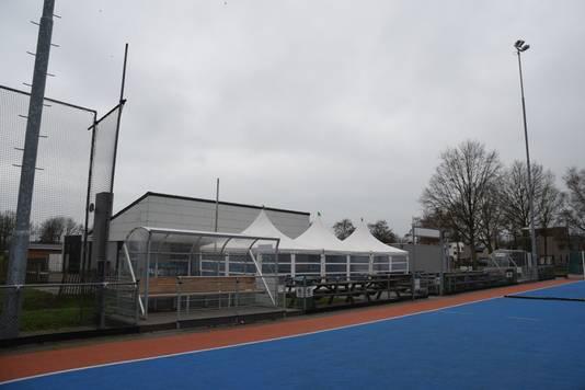 Het bestuur van de Mixed Hockey Club Goirle wil voor het semi-water hoofdveld graag een waterveld.