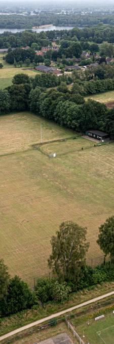 Tijdelijk wijkje op oud voetbalveld: Oss wil 72 huisjes voor spoedzoekers neerzetten in de Ruwaard