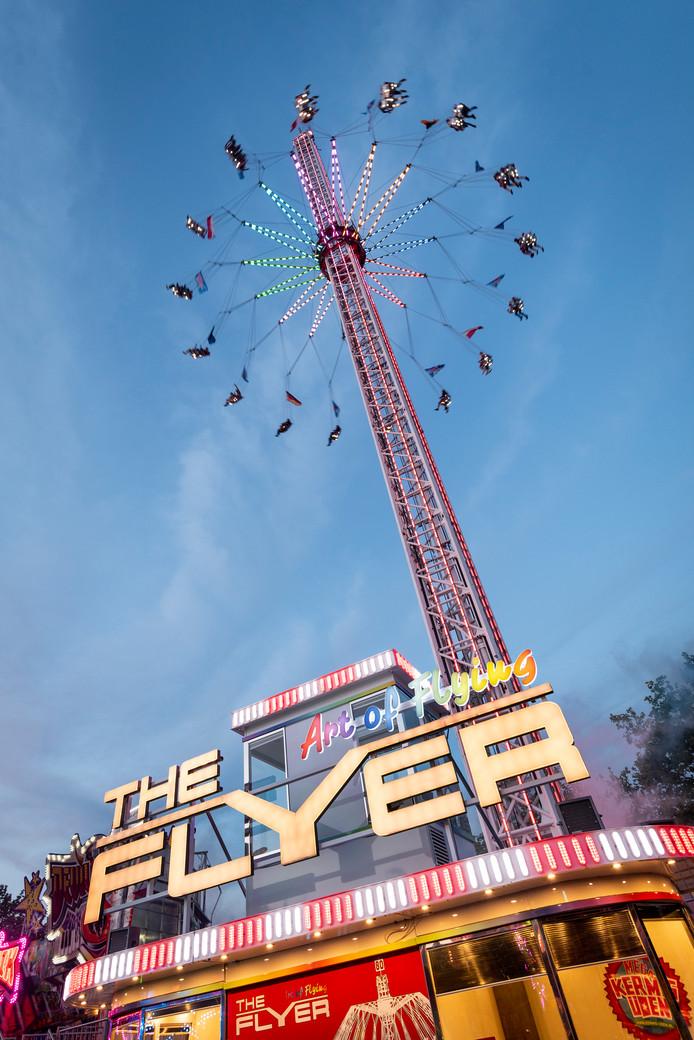 80 meter de lucht in met The Flyer
