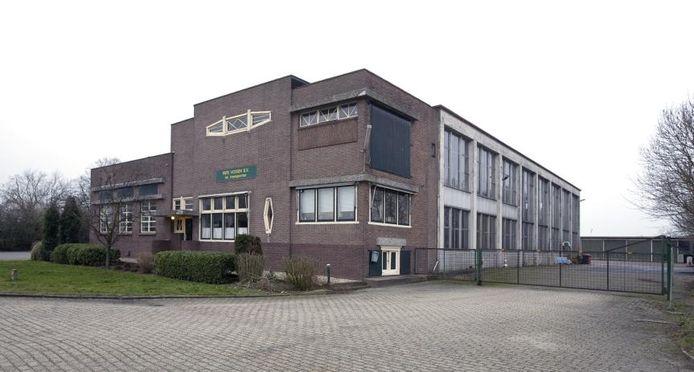 Vredenborg Onroerend Goed wil snel beginnen met de verbouwing van de melkfabriek in Angerlo. foto Jan van den Brink