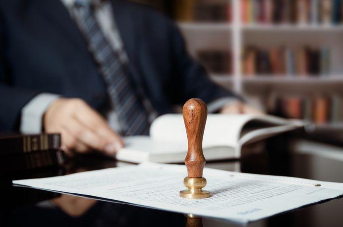 Wie een hypotheeklening wil afsluiten wordt met heel wat kosten geconfronteerd. Zo moet het krediet onder meer worden 'geschreven' bij een notaris.