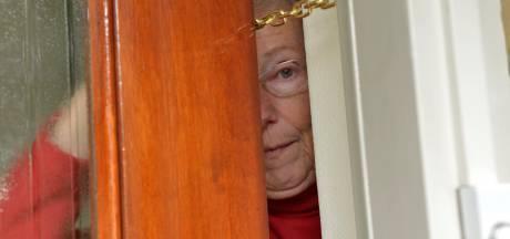 Bejaarde (87) in Dedemsvaart trapt in babbeltruc van 'thuiszorgmedewerkster': spullen gestolen
