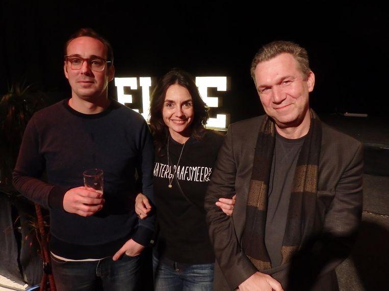 Lebowski-redacteur Roel van Diepen (l), Vanessa Henneman van Henneman Agency en Lebowski-uitgever Oscar van Gelderen Beeld Schuim