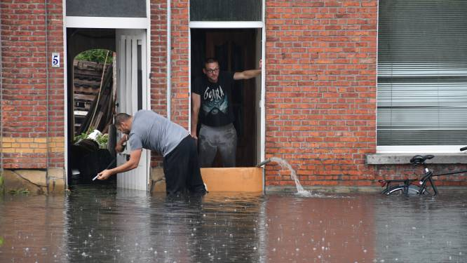 """Kontichsesteenweg krijgt eindelijk nieuwe riolering: """"Wateroverlast zal aanzienlijk verminderen"""""""