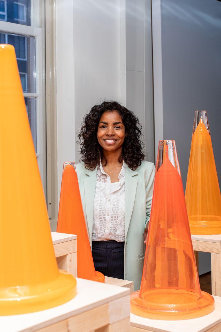 Imara Limon in het Amsterdam Museum bij de tentoonstelling 'Refresh Amsterdam'. Beeld Nosh Neneh