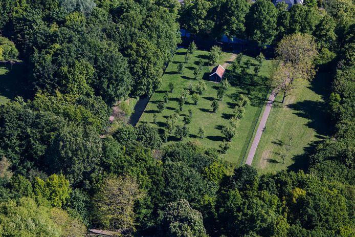 Luchtfoto Laningpark Oud-Beijerland