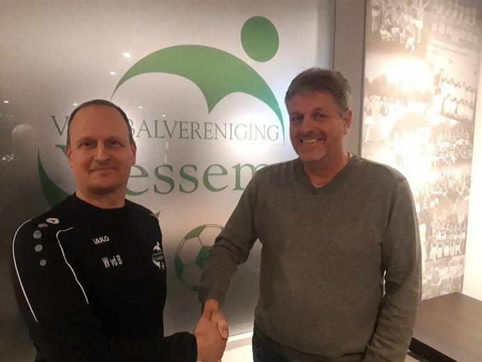 Waldo van den Besselaar (l) en voorzitter Frans Maas van Vessem.