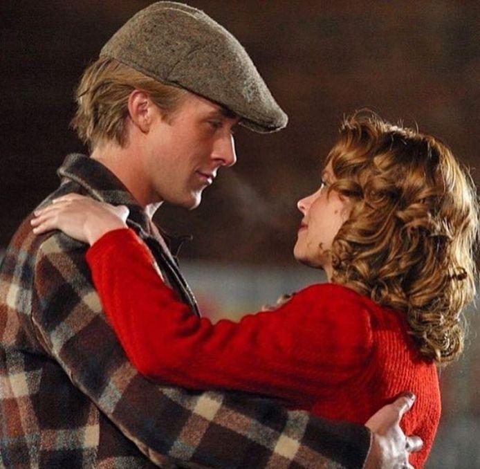 "Ryan Gosling et Rachel McAdams dans ""N'oublie jamais""."