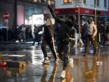 Heurts à Bruxelles: quinze policiers blessés, dont quatre hospitalisés et trois sous le choc