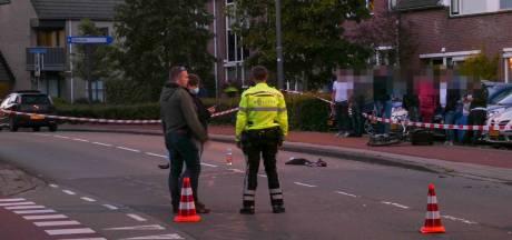 Fietser zwaargewond door aanrijding met auto in Veenendaal