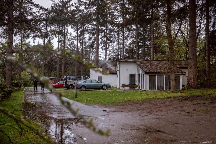 Op het vervallen vakantiepark 't Reggehuus in Ommen wonen tientallen Poolse arbeidsmigranten.