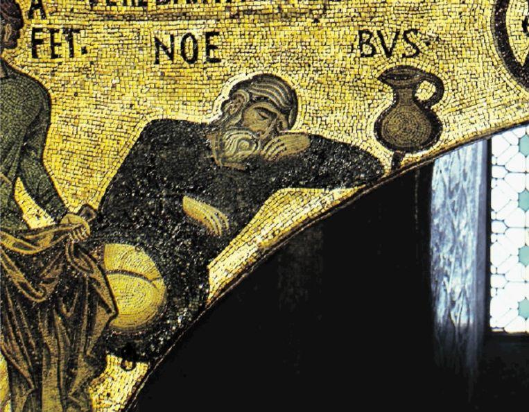 Noach in dronkenschap. Twaalfde-eeuws mozaïek. ( FOTO ERICH LESSING CULTURE AND FINE ARTS ARCHIVES/HH) Beeld Erich Lessing/Hollandse Hoogte