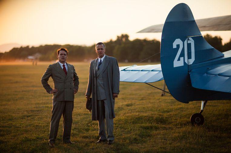 Op latere leeftijd worden Plesman en Fokker gespeeld door Daan Schuurmans en Fedja van Huêt. Beeld Avrotros