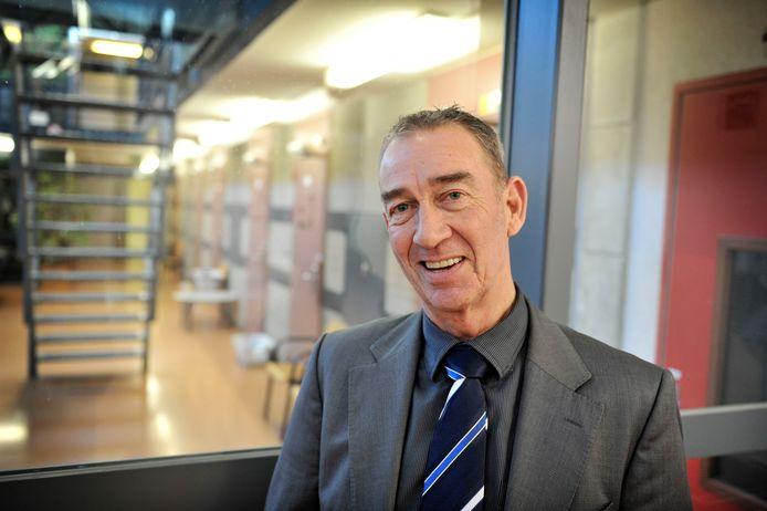 Directeur Ton Golstein van gevangenis De Karelskamp. 'Aangepaste bezoekregeling is niet populair onder gedetineerden, maar ze snappen wel dat deze juist genomen is om hén te beschermen.'