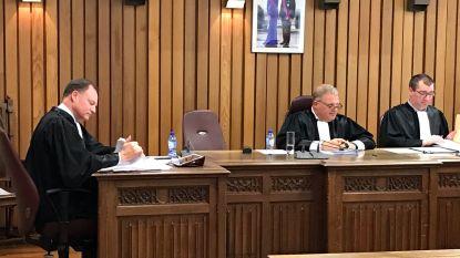 Verkeerscrimineel krijgt 'dikke boterham' aan straffen: jaar cel, 27 maanden rijverbod, boete en werkstraffen