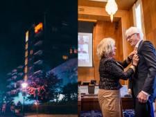 Gemist? Lintjesregen in Twente & bewoner sliep door tijdens flatbrand Enschede