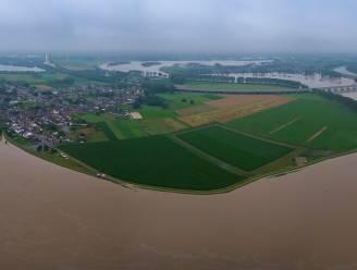 IN BEELD. Dronebeelden tonen oerkracht van de Maas in Limburg
