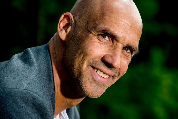 De nieuwe Vitesse-trainer Thomas Letsch komt uit het Red Bull-netwerk.