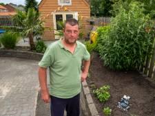 Overal moeten tuinen groener, maar lukt dat ook in stratenmakersdorp Wezep? 'Dit straatwerk is voor nood'