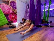 Balans tussen lichaam en geest: iedereen aan de yoga